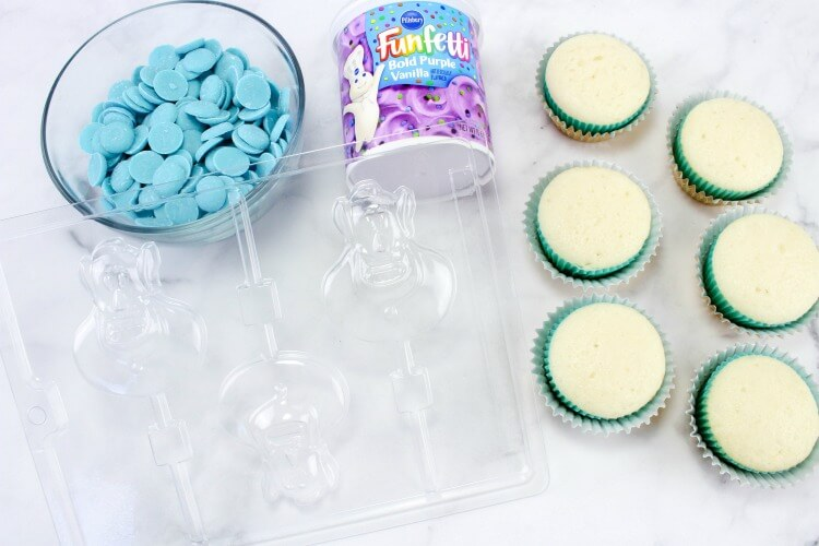 Supplies for the cupcakes
