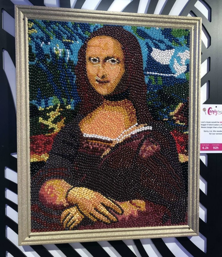 The Mona Lisa in candy!