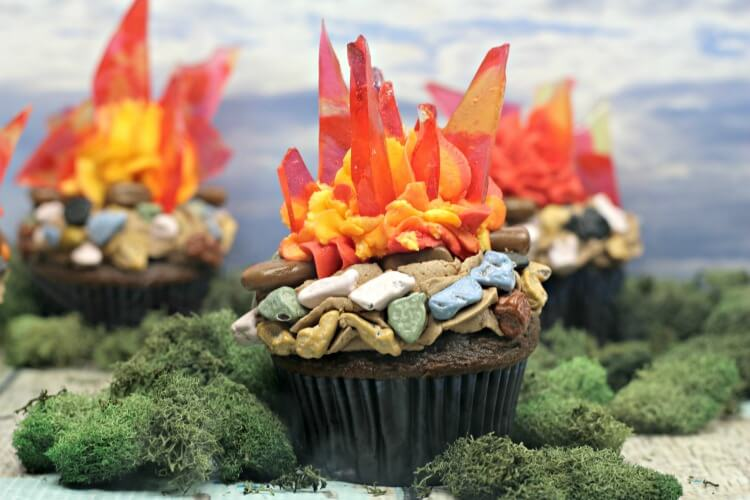 Finished Campfire Cupcakes complete with candy flame shards.
