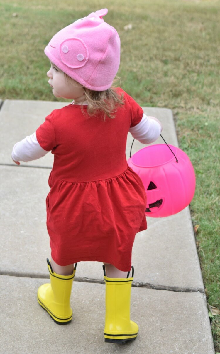 The backside of the DIY Peppa Pig Halloween Costume
