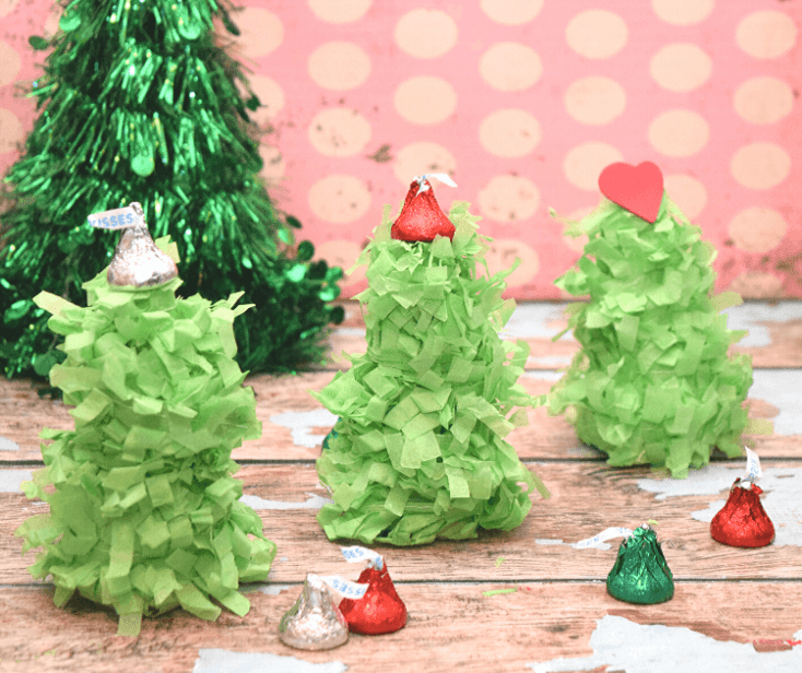 Mini Christmas Tree Pinatas