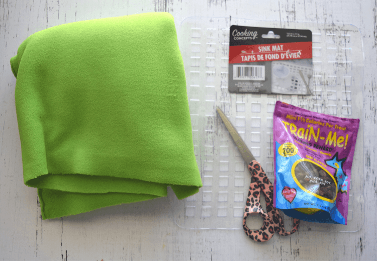 Supplies to make DIY Pet Snuffle Mat