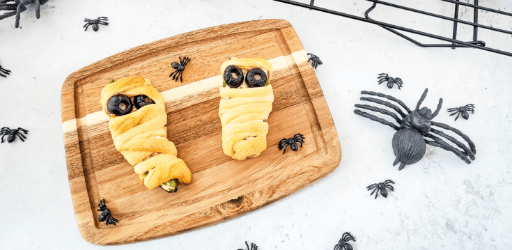 Halloween Mummy Bacon Jalapeno Popper Rolls