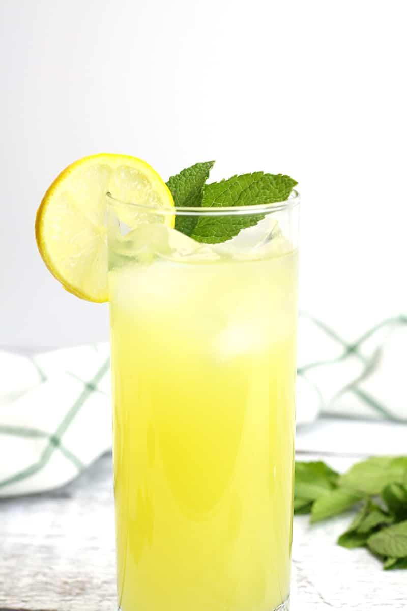 Pineapple Mint Lemonade