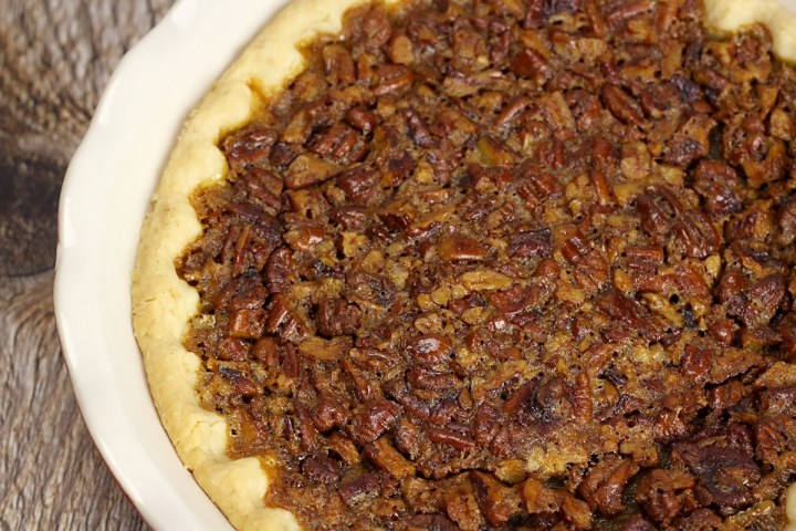 Easy Pecan Pie by The Toasty Kitchen