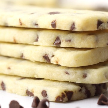 Close up of chocolate chips in shortbread cookies.