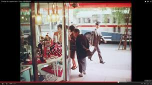 Rogge Tokyo 1966 film woman shoping