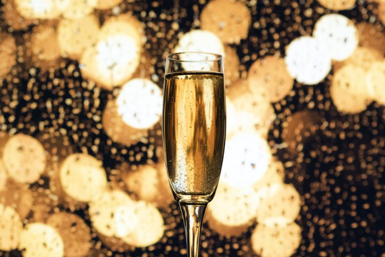 Food Cravings_Champagne