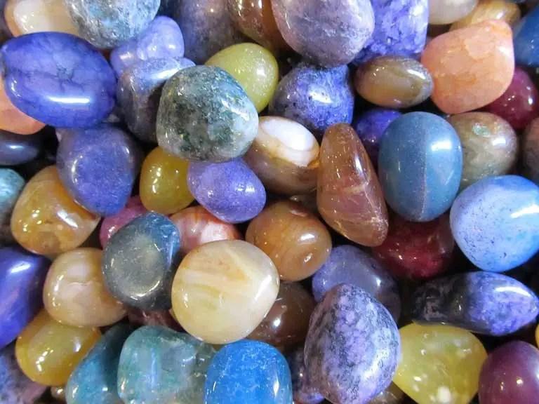 polished rocks using a rock tumbler