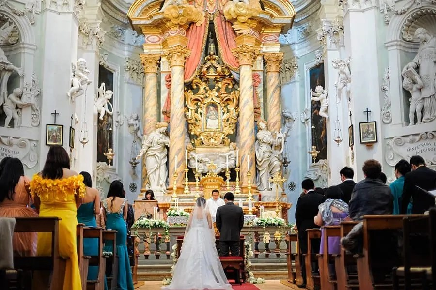 Church Italy, wedding facts