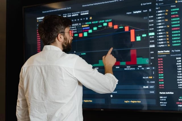 How to Start a Crypto Exchange: Tips and Pitfalls