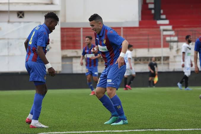 Algerian Football Federation - The touchline sports