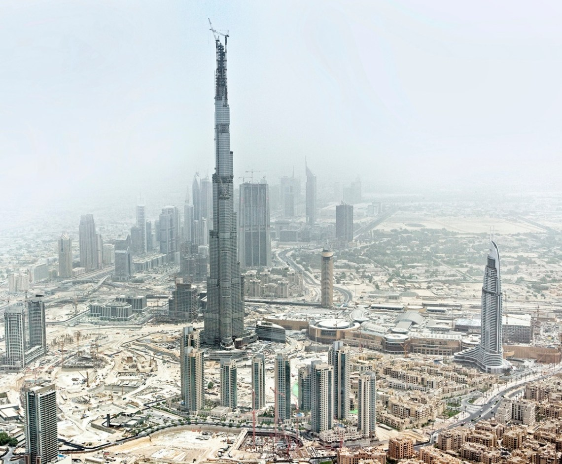 Construction picture of Burj Khalifa