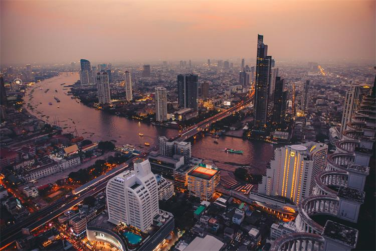 5 Best Rooftop Bars in Bangkok (Thailand) - The Tower Info