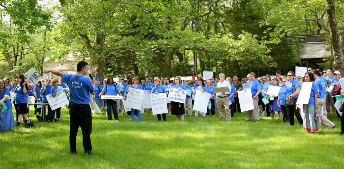 Princeton Regional Education Association protests in response to contract negotiations with Board of Education