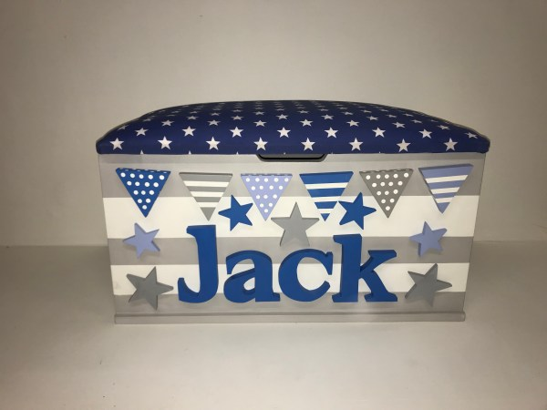 grey blue stripe star bunting toy box