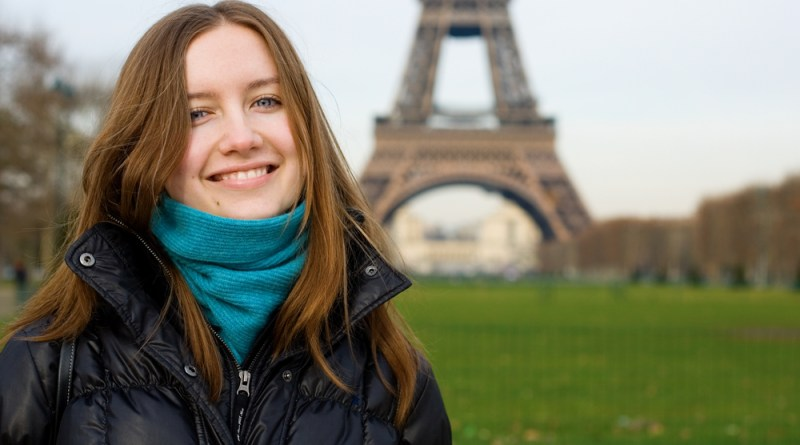 British woman absolutely cannot speak French
