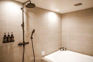TWIN-LINE HOTEL客室お風呂