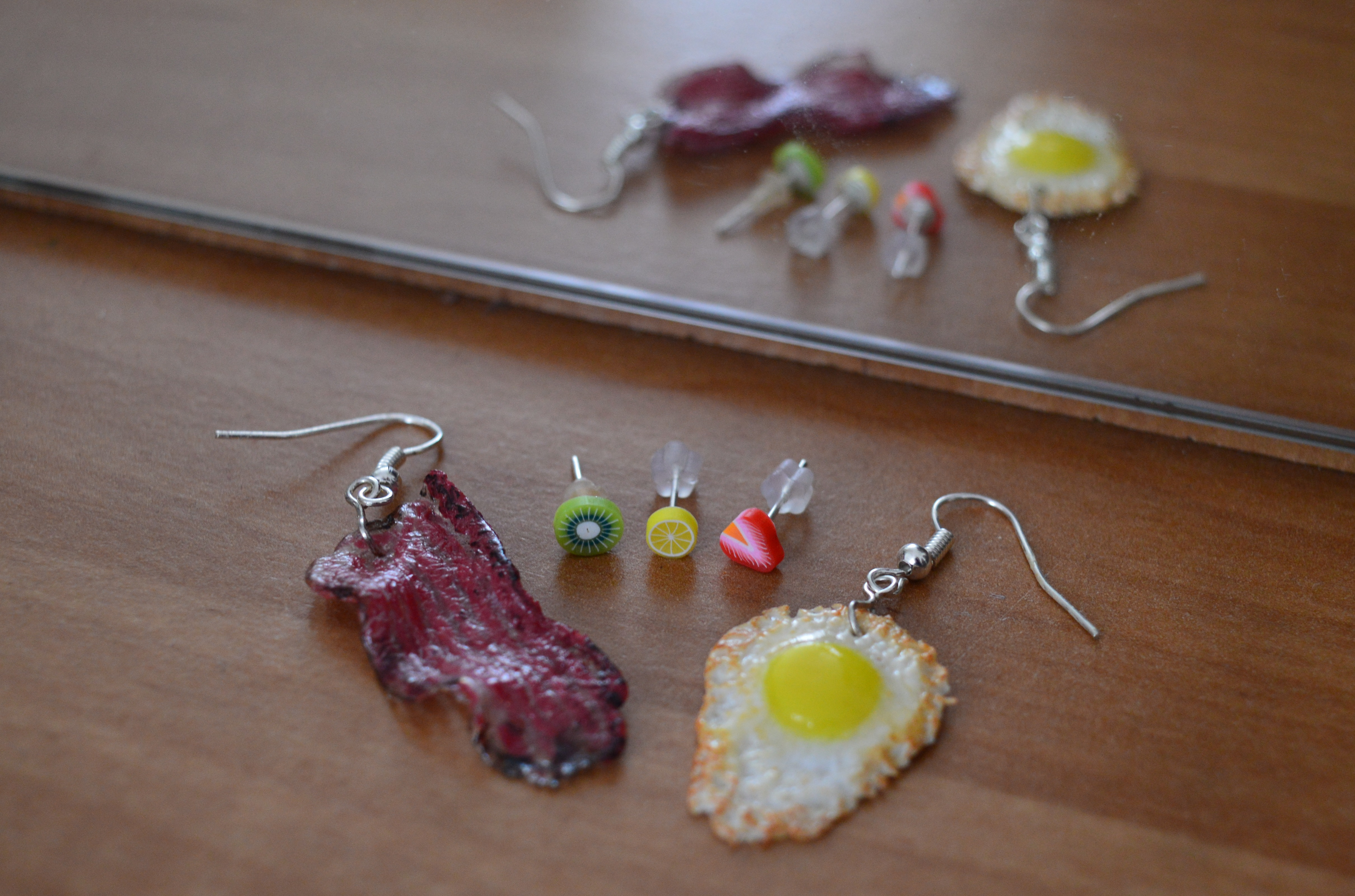 , How to Wear Food-Themed Earrings? Part 2, The Travel Bug Bite