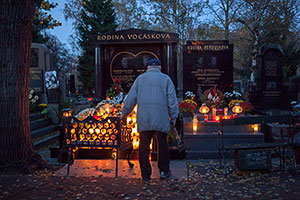 , Czech Halloween – Dusicky & Anti-Vampire Measures for the Dead, The Travel Bug Bite