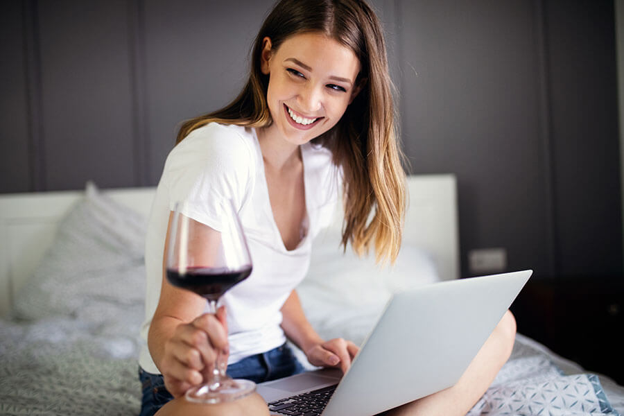 , Online Wine Tasting: Youth Time Magazine, The Travel Bug Bite