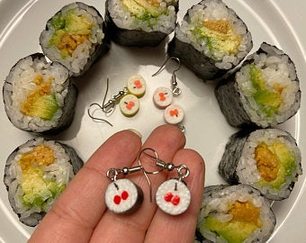 Sushi, Sushi Began as Cheap Fast Food: Weird Food Facts, The Travel Bug Bite, The Travel Bug Bite
