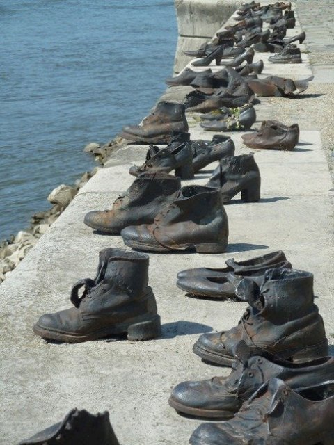 Shoes on the Danube, Budapest
