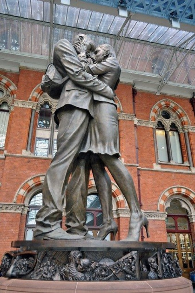 Meeting Place Statue St Pancras Station London