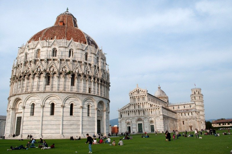 The Square of Miracles, Pisa