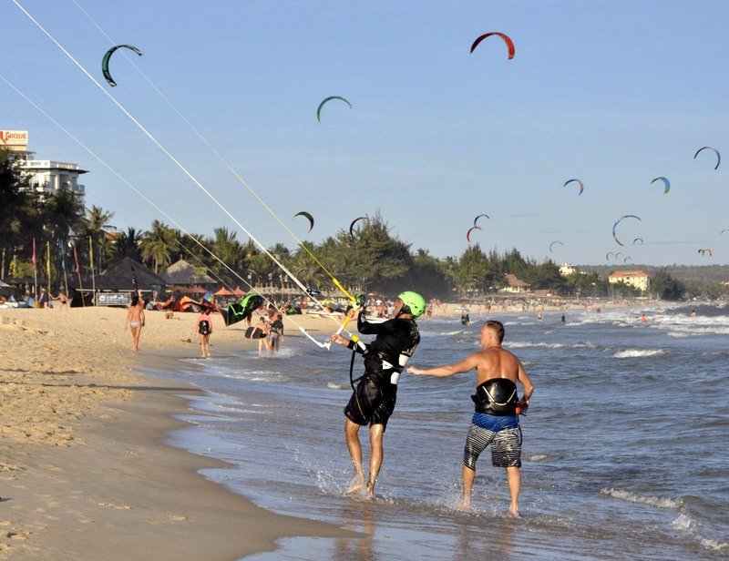 Learning to Kite Surf