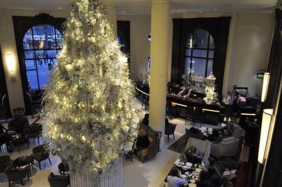 One Aldwych Lobby Bar Christmas Tree