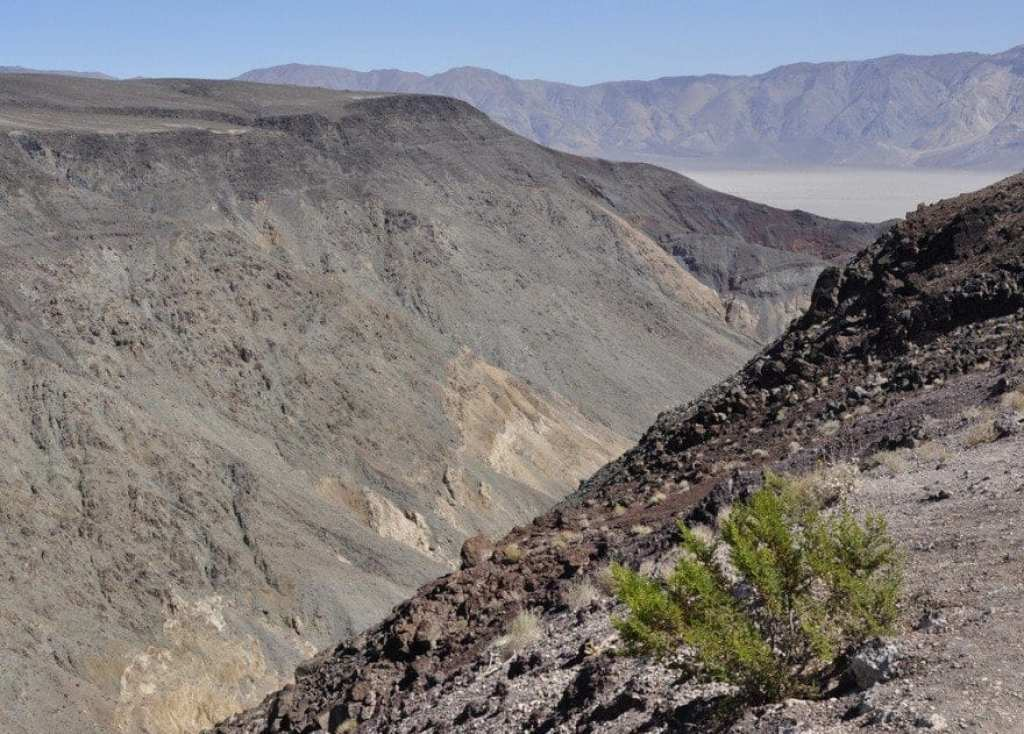 death-valley-volcanic-rocks
