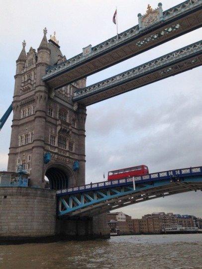 tower-bridge-london-bus