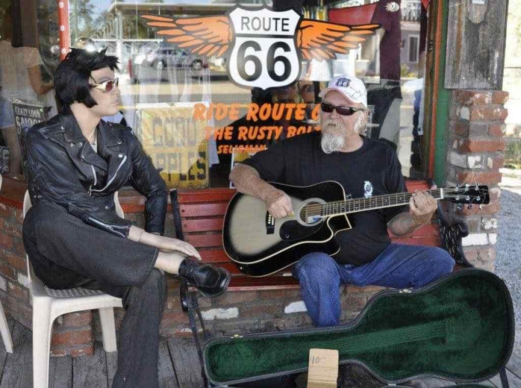 Seligman, Arizona – Kicks and Kitsch on Route 66
