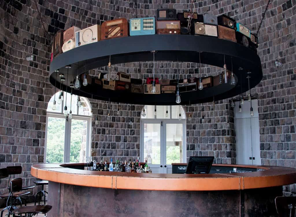 Mill Bar, Belle Mont Farm