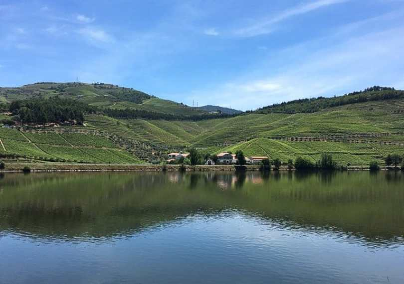 douro-valley-river-reflection