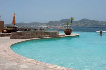 palm-court-garden-brasserie-st-kitts