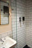 rathfinny-bathroom