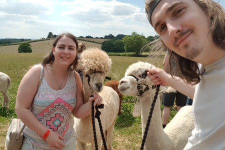 2 Alpacas with Amy and Gabe at Charnwood Forest