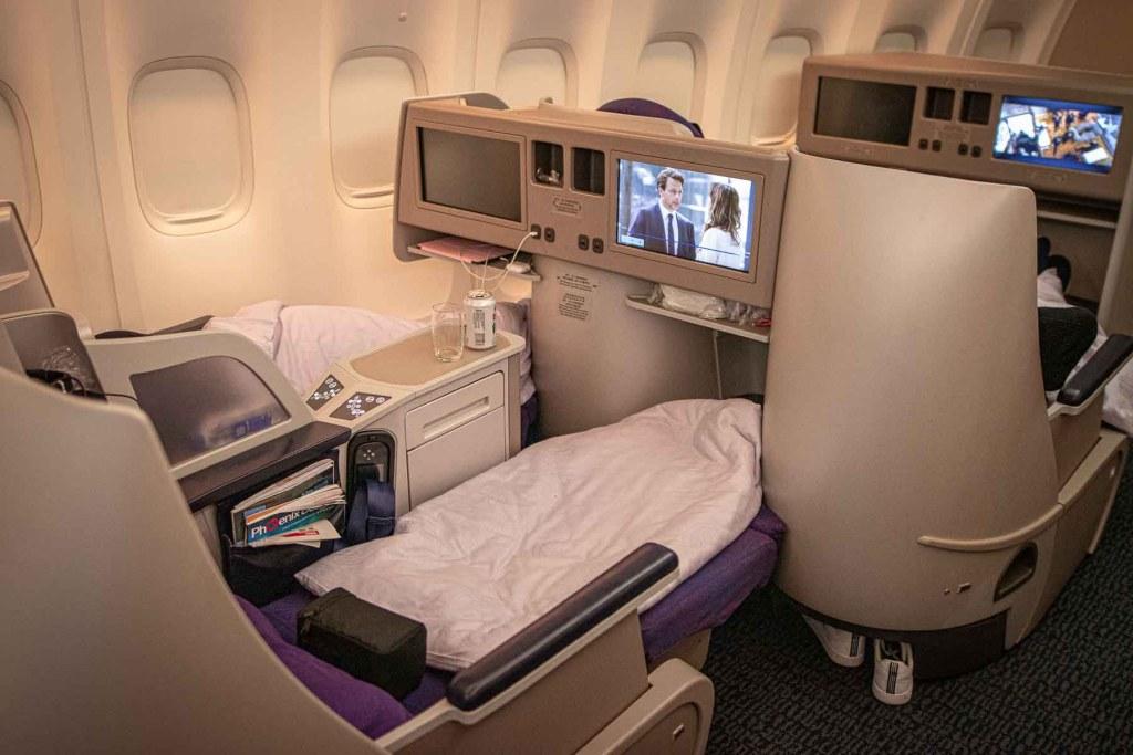 Air China Boeing 747-8 Business Class Schlafen