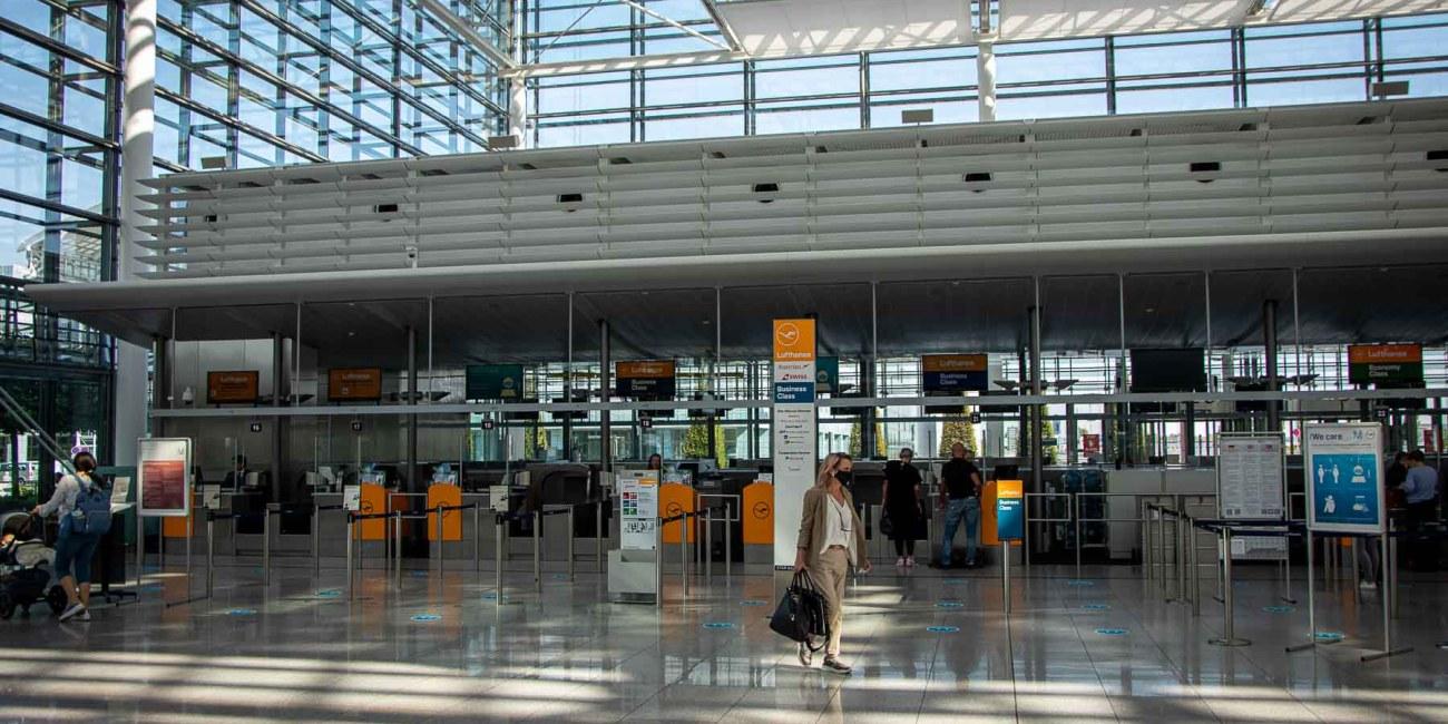 Fliegen während Corona Flughafen München Lufthansa Lounge