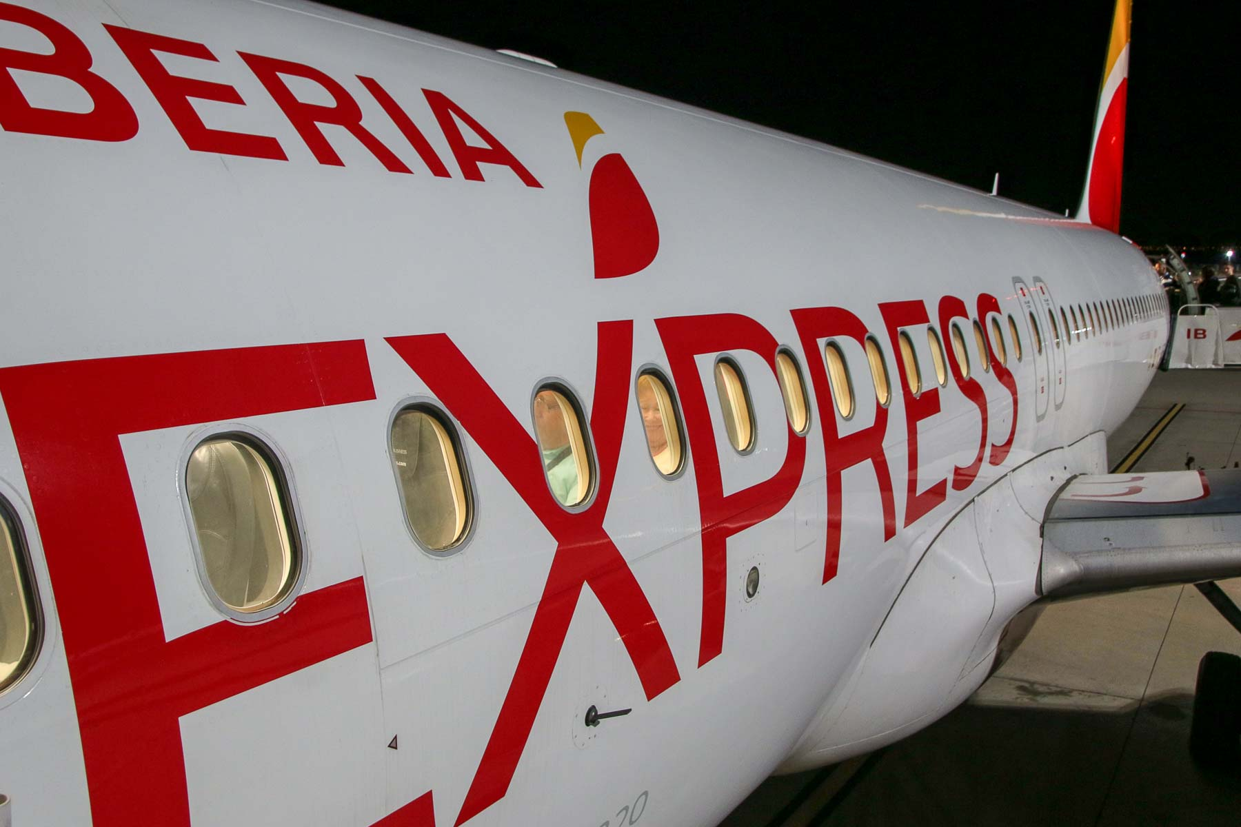 Iberia Express Business Class Airbus A320 EC-MEG