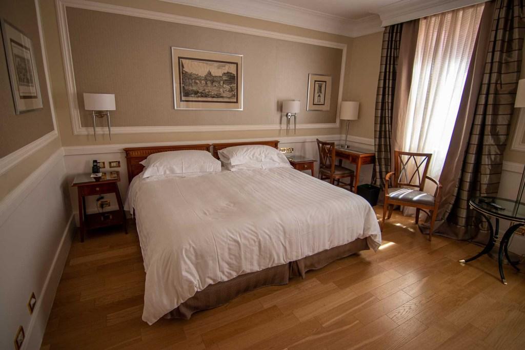 Marriott-Grand-Flora-Hotel-Rom-Deluxe-Zimmer