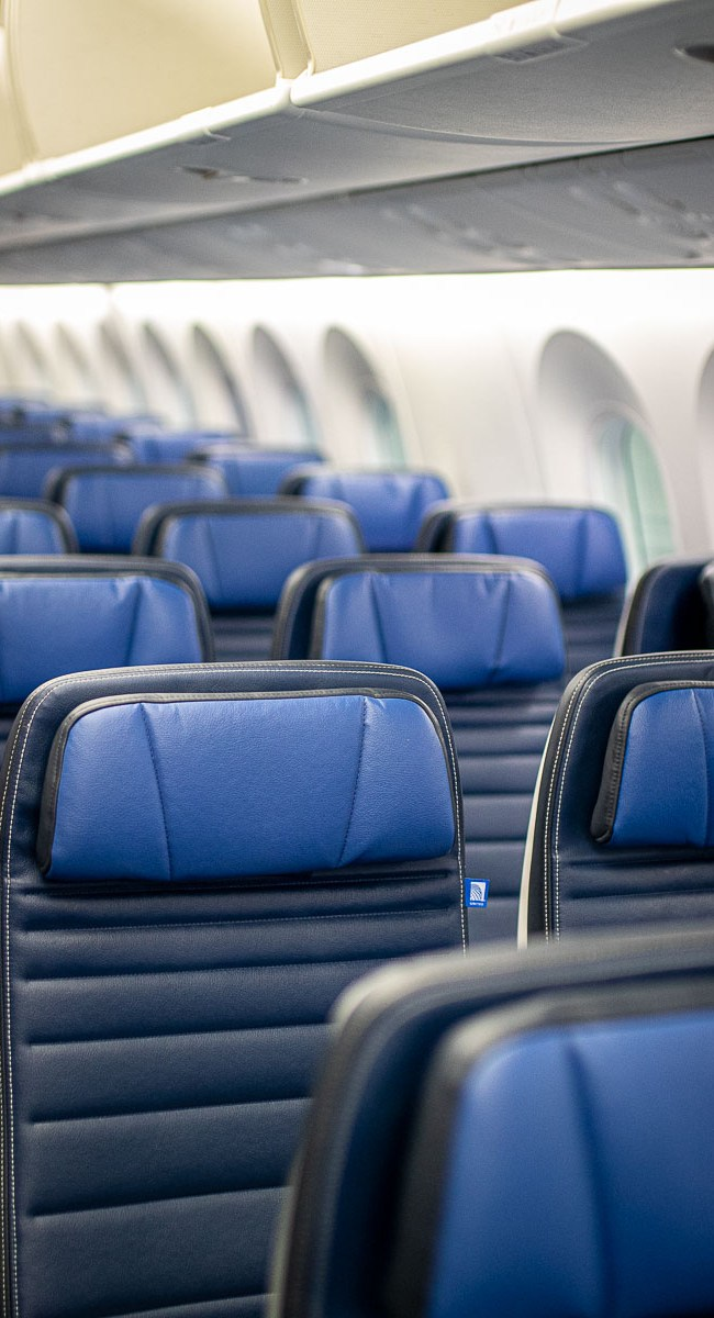 United Airlines Basic Economy Class Boeing 787-10