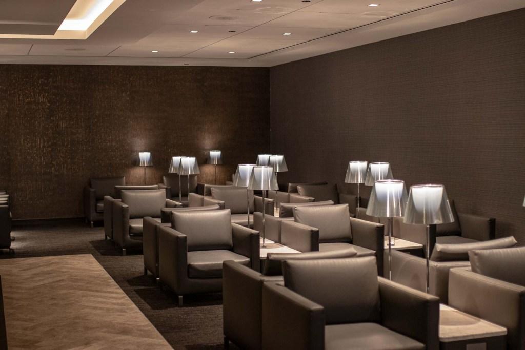 United Polaris Lounge Chicgao Arbeiten-2