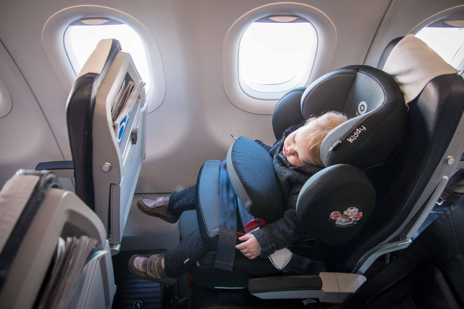 Fliegen mit Kindersitz-5