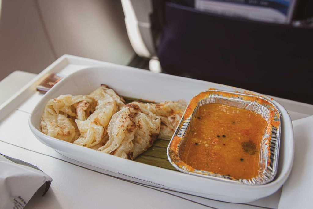 Malaysia Airlines Boeing 737 Business Class-2