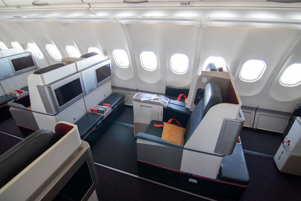 Turkish Airlines A330 Business Class SItz und Kabine-4