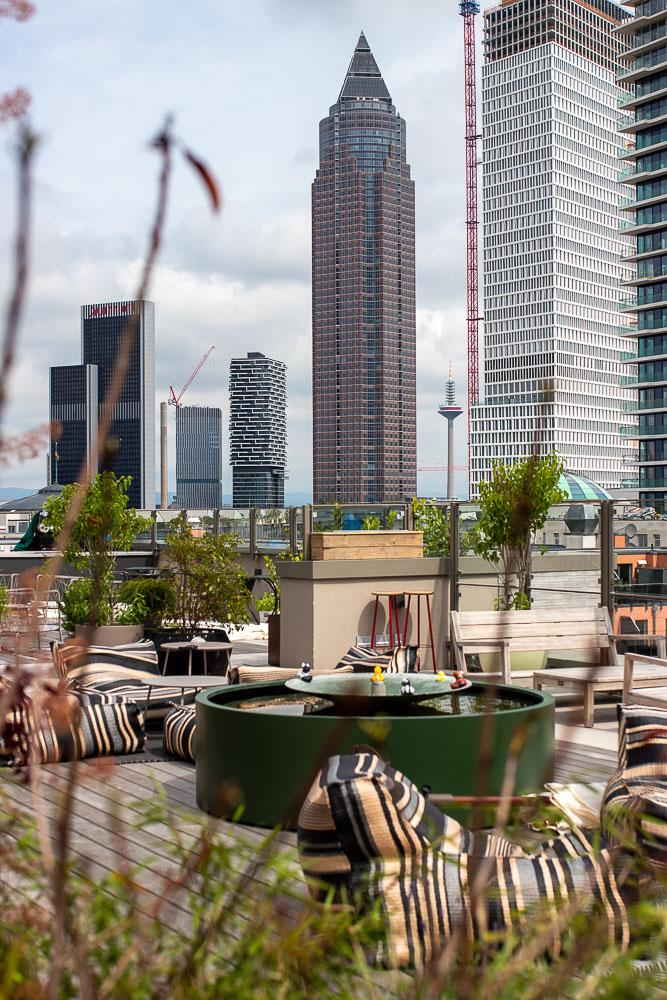 Gekko House Frankfurt Hotel Rooftop Bar-3