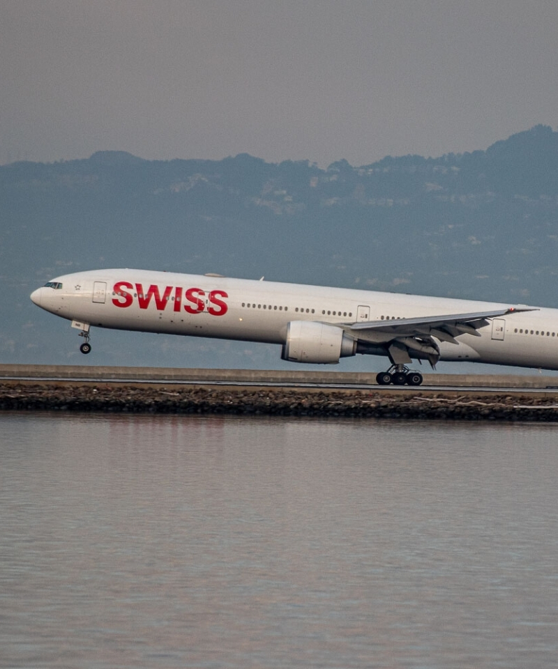 Swiss Boeing 777 Mallorca